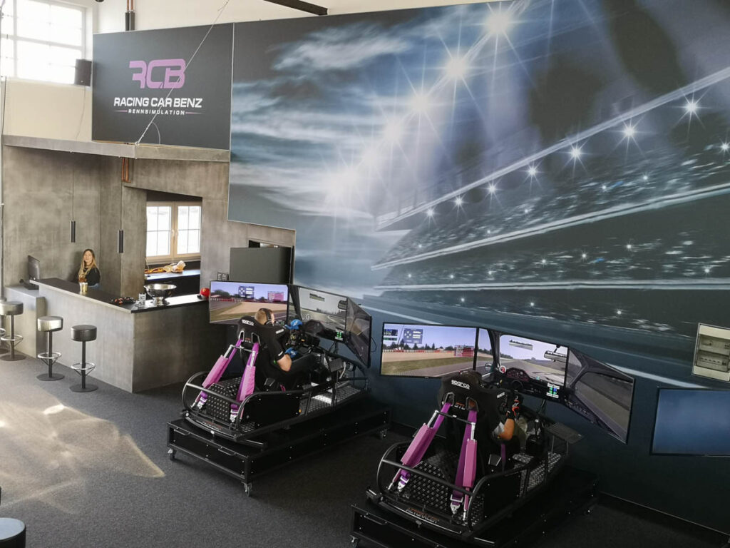 RACING-CAR-BENZ-BONN-SIM-RACING-ARENA-IMPRESSIONEN-4-von-7